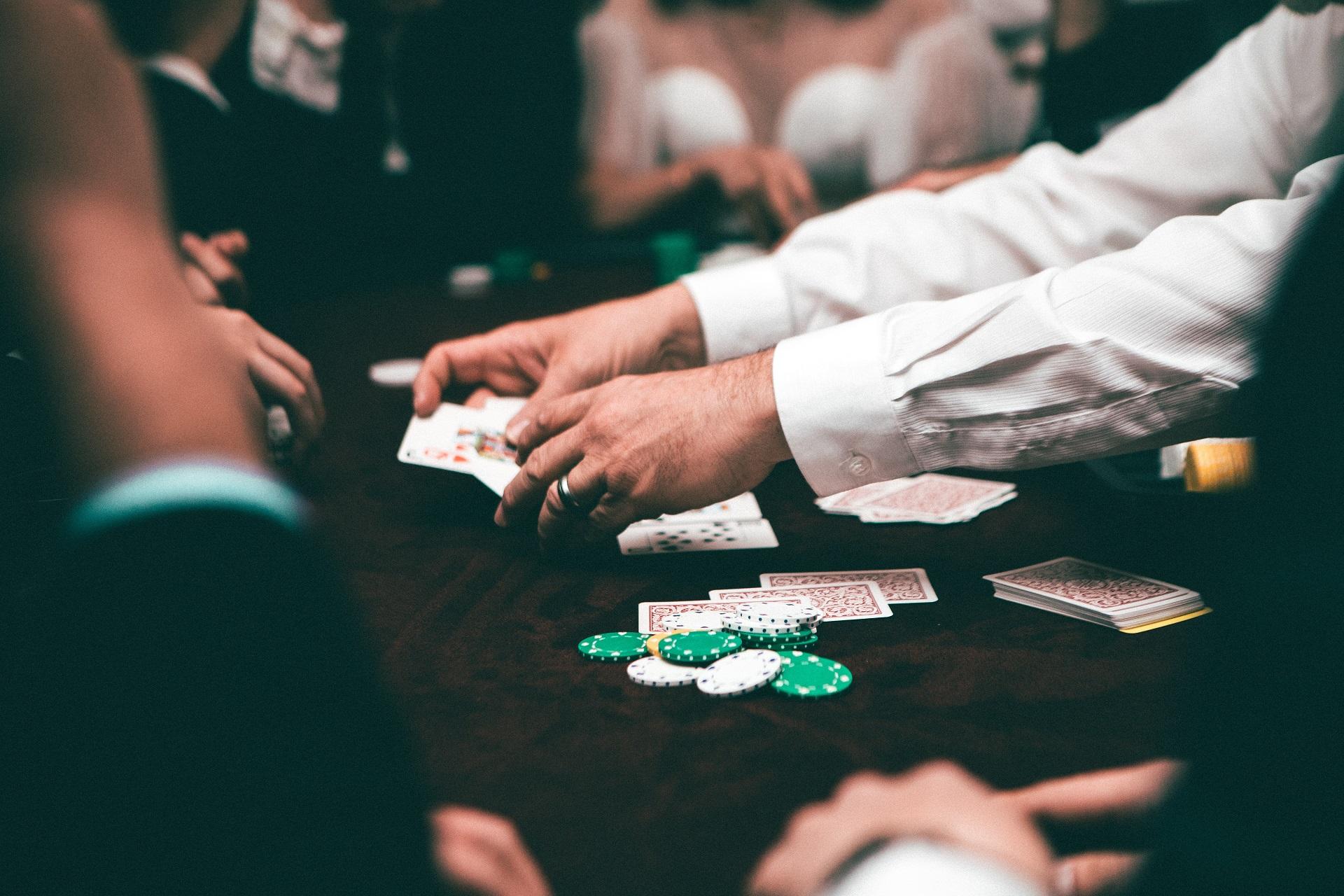 カジノの資金の流れ